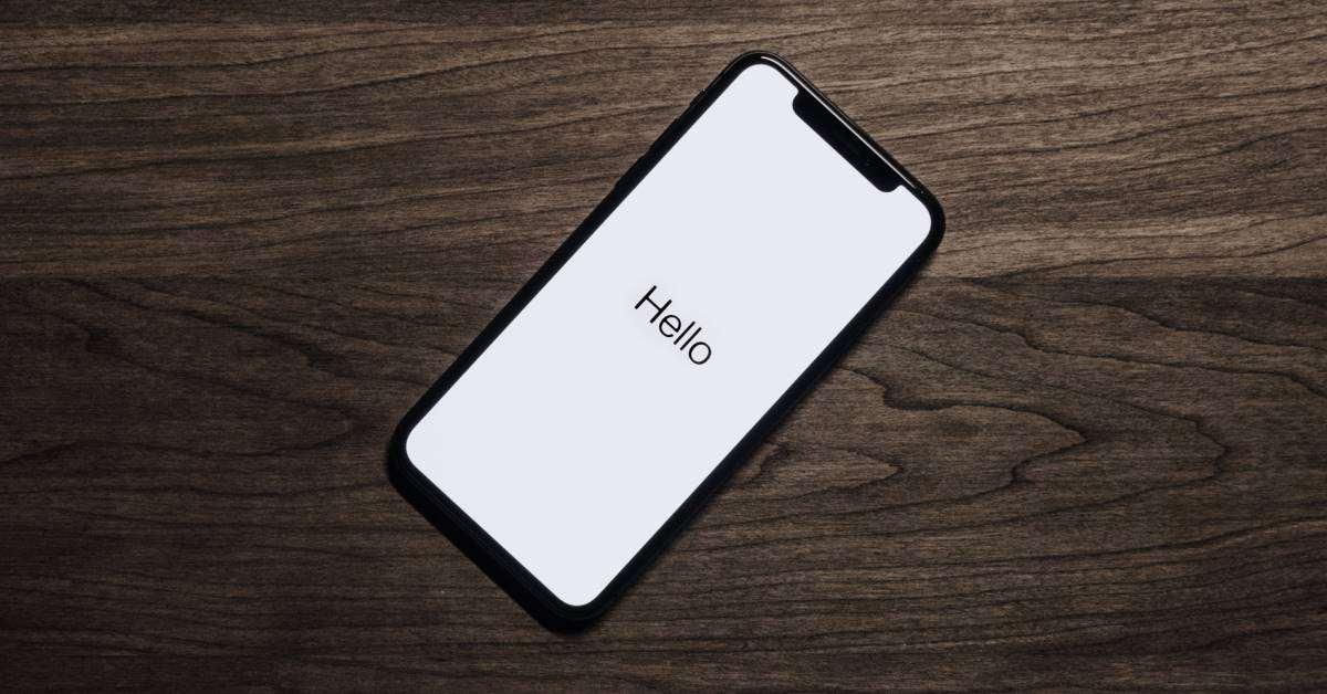 Strumenti Di Marketing - Immagine Di Smartphone Con Testo